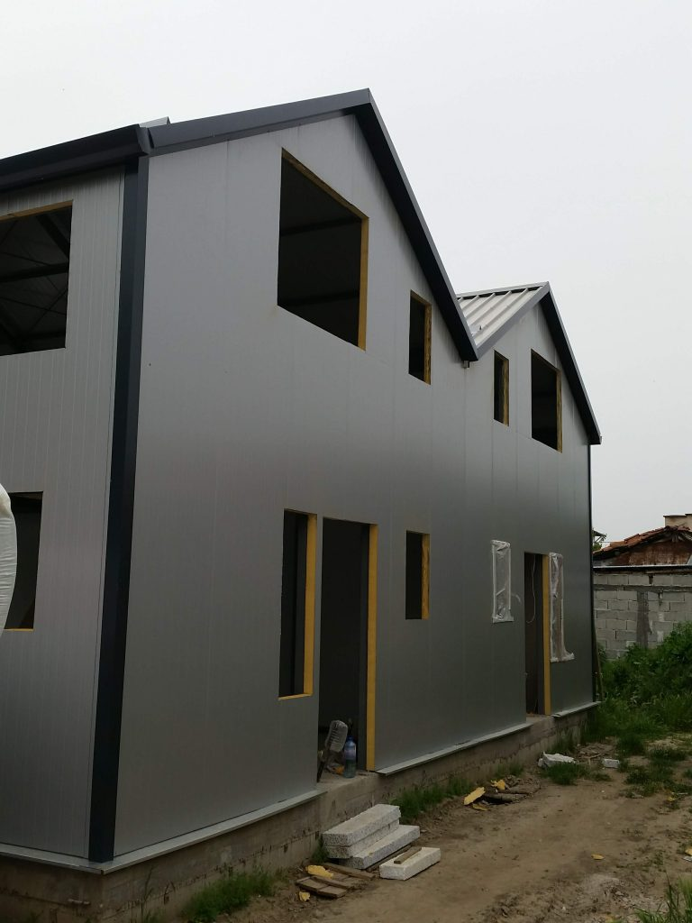Офис сгради със стоманена конструкция